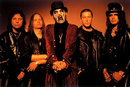 http://www.metal-rules.com/concerts/images/KingDiamond-band2003.jpg