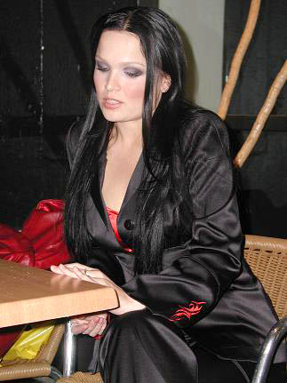 http://www.metal-rules.com/interviews/images2004/Tarja_of_Nightwish_pic_2.jpg