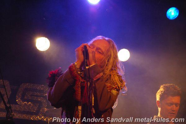Karma_Cowboys_live_10.jpg
