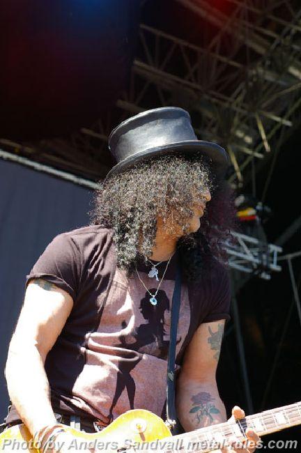 Slash_live_10.jpg