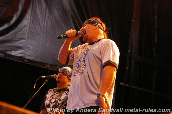 Suicidal Tendencies_live_4.jpg