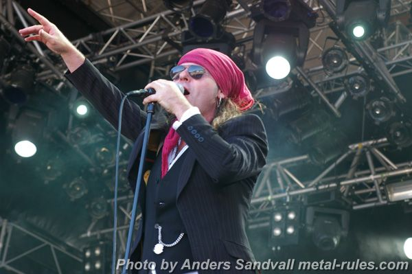 The_Quireboys_live_4.jpg