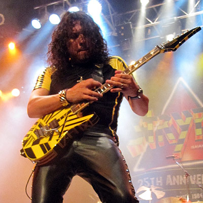 Stryper - Oz Fox.jpg