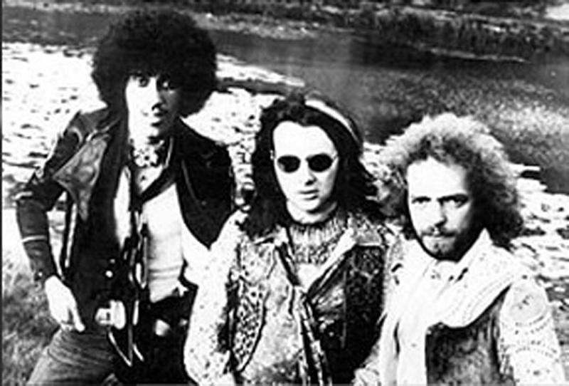 1969_10_Phil_Lynott_Brian_Downey_Eric_Bell_.jpg