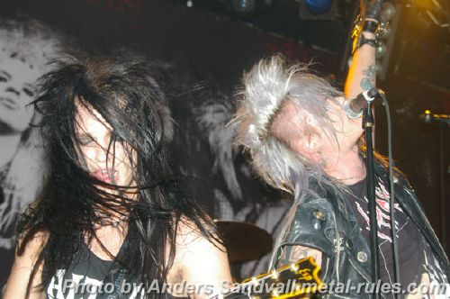 Crashdiet_live_suppor_6.jpg