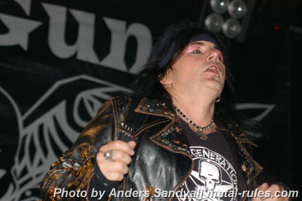 L.A._Guns_live_1.jpg