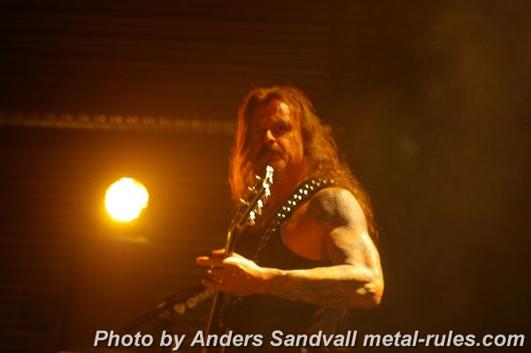 iced_earth_live_1.jpg