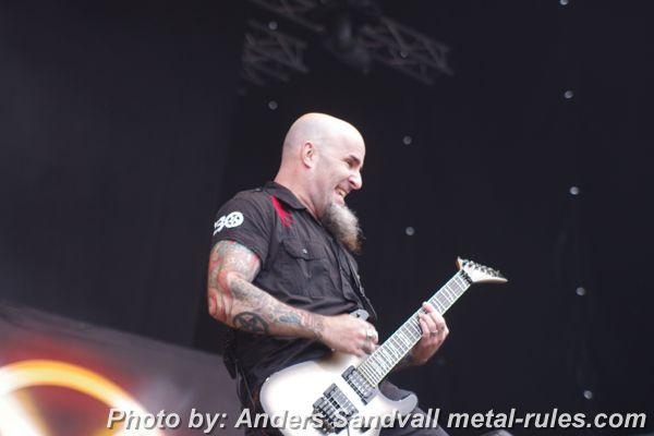 anthrax_live_1.jpg