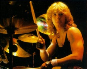 FORMER IRON MAIDEN DRUMMER CLIVE BURR PASSES AWAY