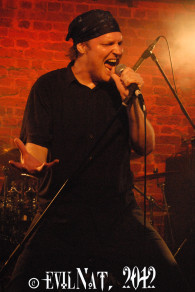 Giles Lavery, vocalist of  Australia's Dragonsclaw