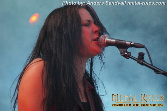 crucified_barbara_live_holmens_rock_2013_1