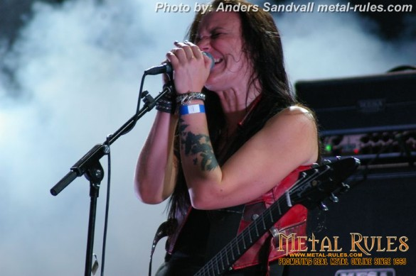 crucified_barbara_live_holmens_rock_2013_4