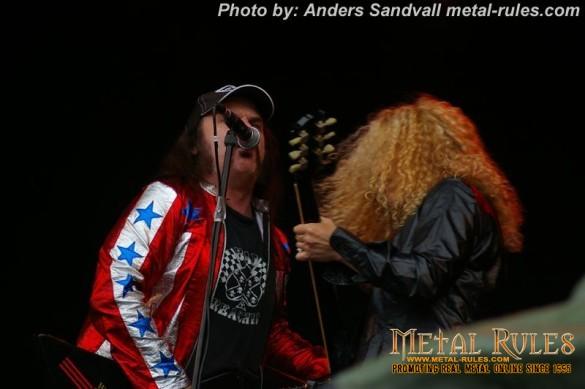 Nashville_Pussy_live_getaway_rock_2013_5