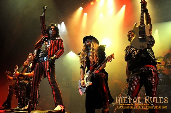 Alice Cooper band 2013