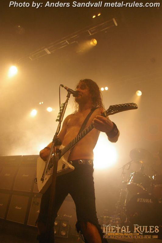 airbourne_live_amager_bio_2013_13