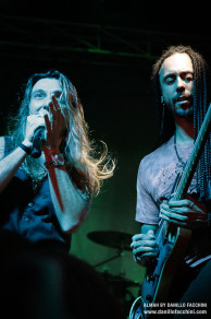 Almah Live photo by Danillo Facchini