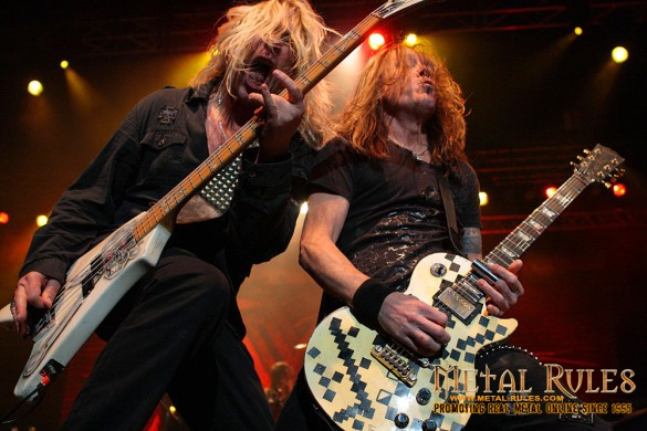 Dana Strum and Jeff Blando rocking out.