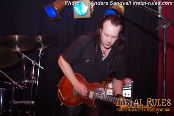 evil_masquerade_live_high_voltage_2014_8