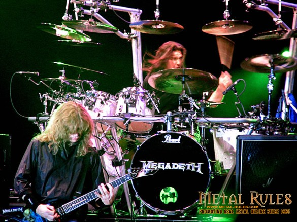 Megadeth_live_in_Bucharest,_June_15th,_2005