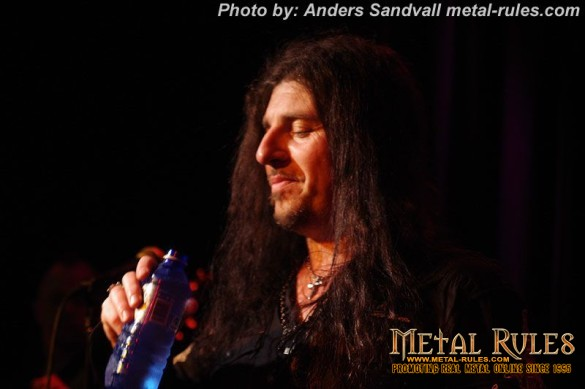 evil_m_interview_henrik_live_2014_11