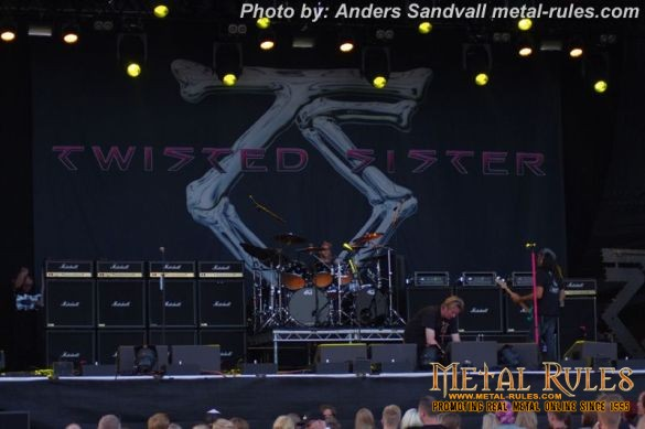 Twisted_sister_live_summer_rock_2014_1