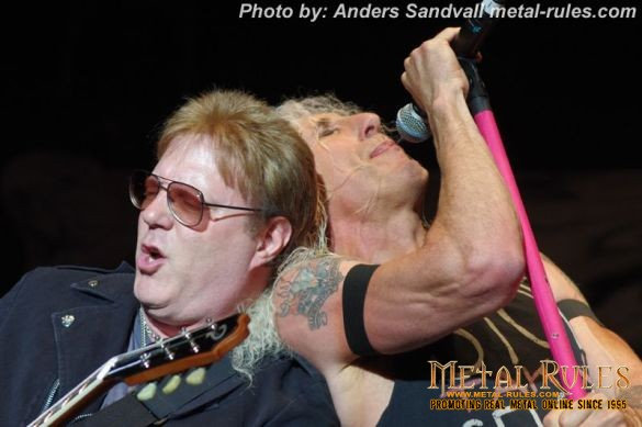 Twisted_sister_live_summer_rock_2014_12