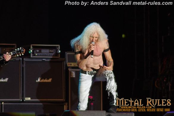 Twisted_sister_live_summer_rock_2014_15