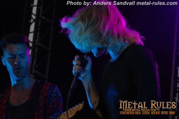 the_sounds_summer_rock_2014_12