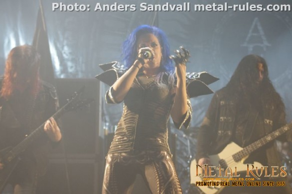 arch_enemy_live_f_theater_copenhagen_2015_6