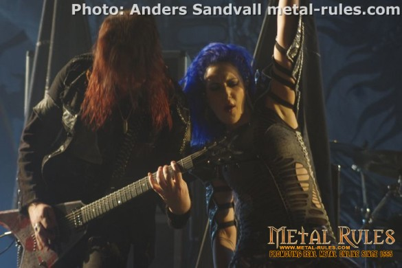 arch_enemy_live_f_theater_copenhagen_2015_8