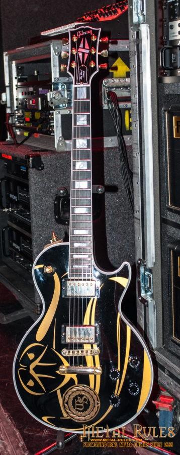 Joel Hoekstra - Gibson guitar