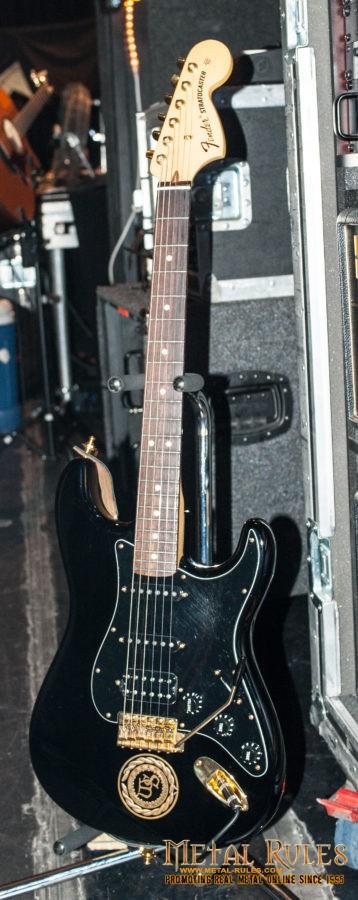 Joel Hoekstra - Fender guitar